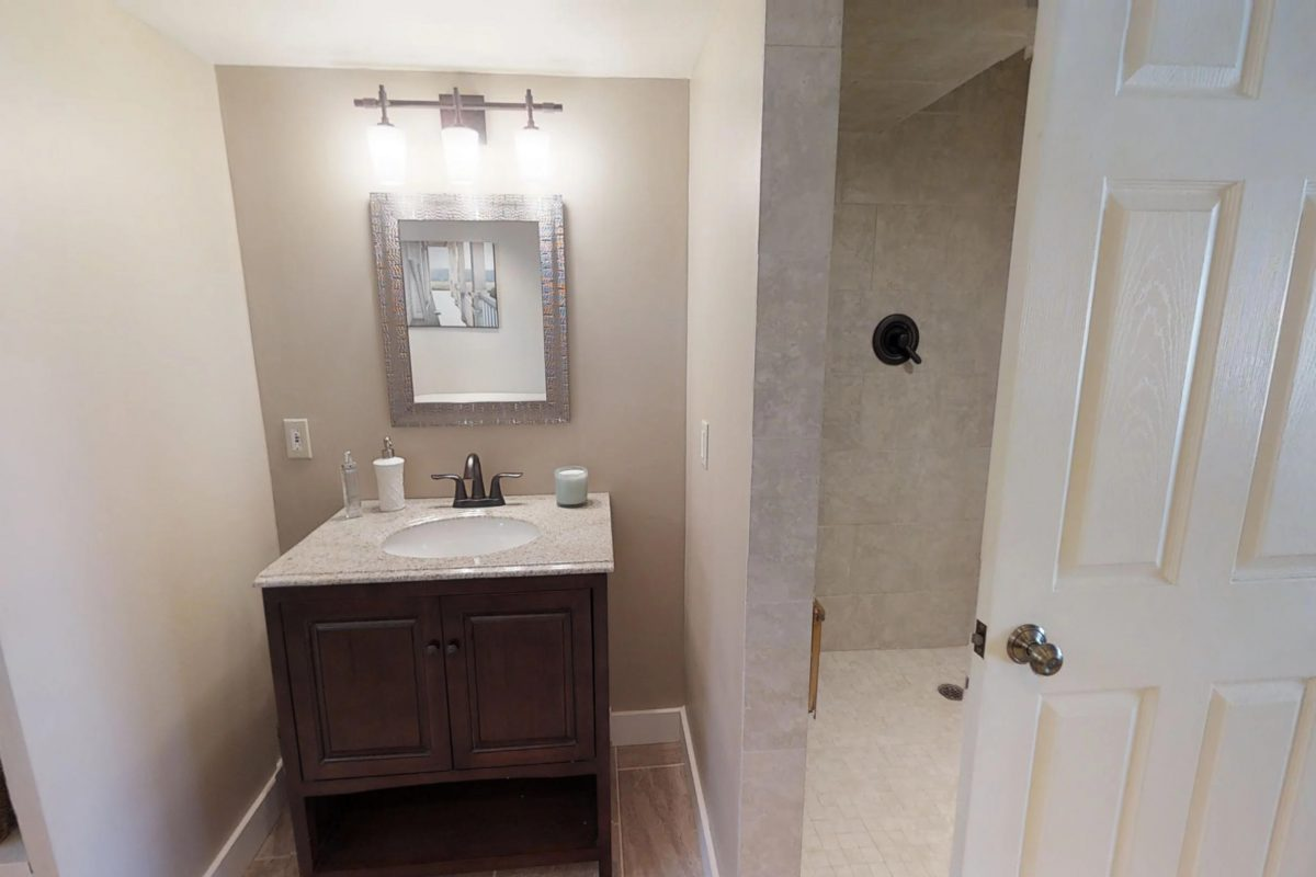 tile shower 92-Drummond-Road-Gagetown-02102019_154124