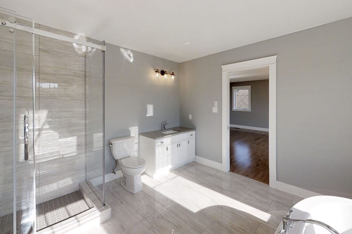 41-Summerhill-Row-Fredericton-Bathroom